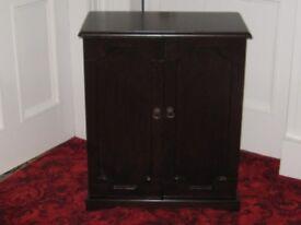 CD /DVD Cabinet