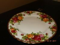 "Royal Albert Old Country Rose Small Plates 6"" x 6"