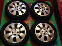 Toyota Yaris Steel Wheel & Hub Caps.