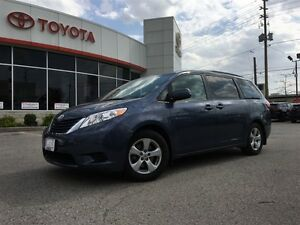 2015 Toyota Sienna LE 8 PASSENGER, BACK UP CAM, POWER DOORS