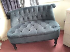 Buttoned chesterfield type Boudoir small Sofa Couch in VGC Delivery Poss