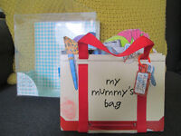 FOR GIRLS / BOYS - MY MUMMY'S BAG BOARD BOOK - PRETEND AND PLAY - GC