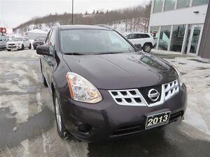2013 Nissan Rogue SV *AWD *Heated Seats *Bluetooth