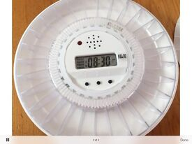 Ivation automatic pill dispenser