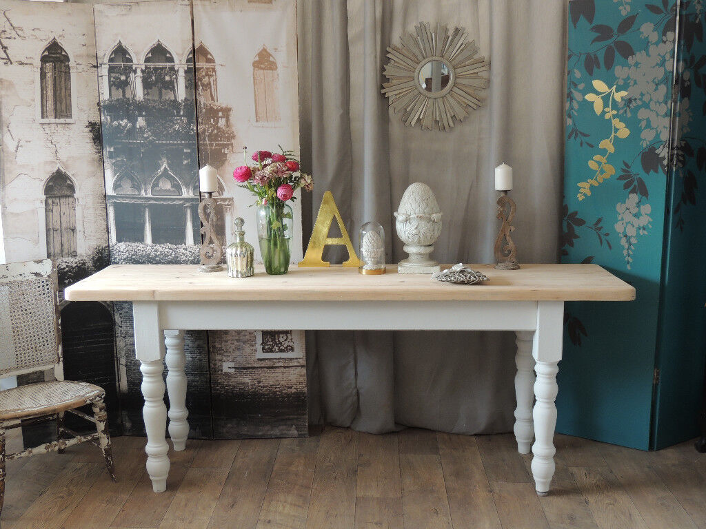 Pine Console Table In Farmhouse Style
