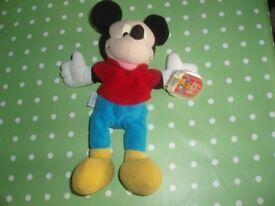 Mattel Disney Star Bean Mickey Mouse