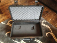 "SKB I series ""peli pelican"" waterproof hard case"