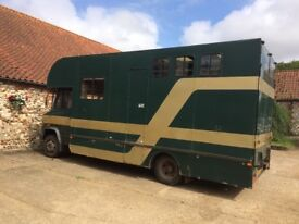 Reliable Mercedes 2/3 Horsebox MOT June 18 Walk through Living area