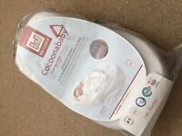 Red castle cocoonababy with extra fitted sheet