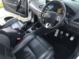 Renault megane RS 250 lux excellent condition inside and out, pearl white, rs leather imbosed seats.