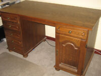 Soled Wood Dark Brown Desk