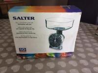 Salter 5kg Kitchen Scales