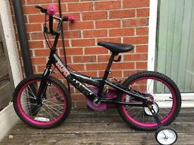 Eclipse Girl bicycle with stabilizers