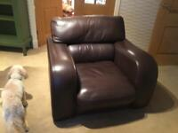 Leather arm chair, very good condition