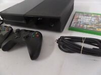 XBOX ONE 2 CONTROLERS AND GTA V
