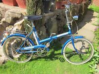 VINTAGE FOLDING BIKE 'TRIUMPH TRAFFIC MASTER' TO FIT YOUTH - ADULT!