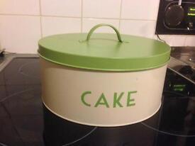 Metal Cake Tin