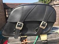 Triumph Bonaville leather saddle Bags