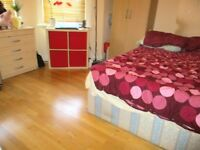 BEAUTIFUL SPACIOUS STUDIO FLAT WITH SEPARATE KITCHEN NEAR ZONE 2 NIGHT TUBE, 24 HOUR BUSES & SHOPS