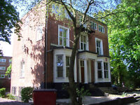 Two bedroom flat 7 Wynnstay Grove- M14- Available 5th July 2017