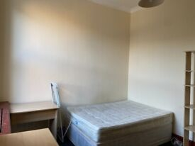 3 Bedroom property on Penywern road, SW5, £450