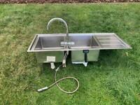 Double kitchen sink and Mixer tap