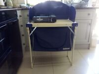 camp kitchen stand with lader.
