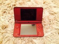 Nintendo DSI XL with charger