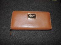 Beautiful Michael Kors purse (Original)