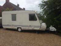 4/5 berth tidy caravan ready to go now!