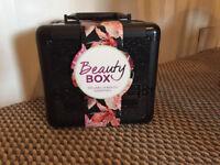 Beauty Box (Sally)