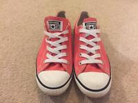 Converse Dainty Coral Size 5.5