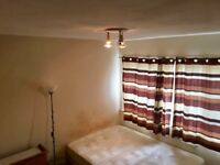 Very large double room in shared house