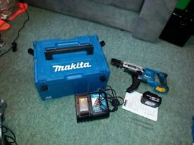 Makita Autofeed Set ( LIKE NEW ) !!!
