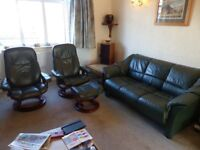 Stressless Green Leather Settee and 2 Consul recliners with 1 footstool