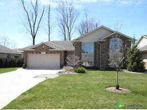 $339,900 - Raised Bungalow for sale in Sarnia