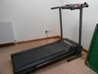 York Pacer 3100 foldable treadmill