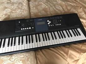 Yamaha keyboard £50
