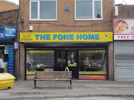 LARGE SHOP TO LET MALTBY ON QUEENS CORNER ONLY £600 PER MONTH SUIT CHEAP SHOP OR MANY OTHER USE