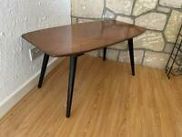 Beautility Vintage retro polished coffee table