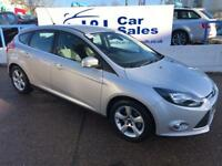 FORD FOCUS 1.6 ZETEC NAVIGATOR 5d 104 BHP A GREAT EXAMPLE INSIDE AND OUT (silver) 2014