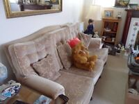 3 Seater Settee, beige, old fashioned style
