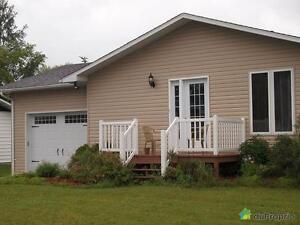 179 900$ - Bungalow à vendre à St-André-Avellin Gatineau Ottawa / Gatineau Area image 1