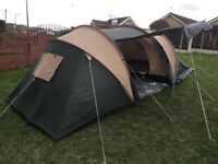 Pro Action Comet 4 Man Tent. 2000 Head. 2 Bedroom