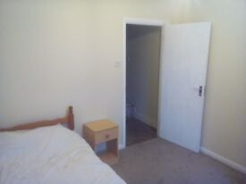 Large Single Room In Manor Park