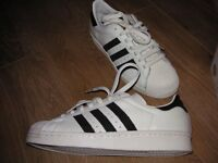 New boxed Adidas Superstar trainers size 6.5