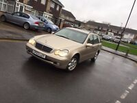 Automatic 2003 Mercedes Diesel 220 cdi Estate gold full Service History