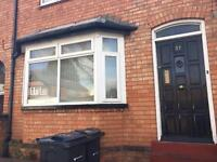 Shared house rooms to let rent 1 mile from city centre local amenities walk distance bills included
