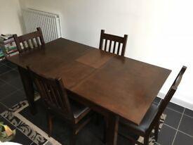 Walnut Extending Dining Table with 4 Chairs
