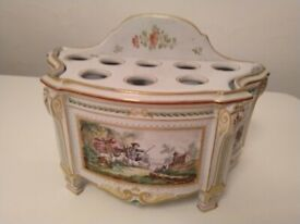 18th century Italian porcelain kitchenware IS IT A SEED or TULIP PLANTER? central London bargain